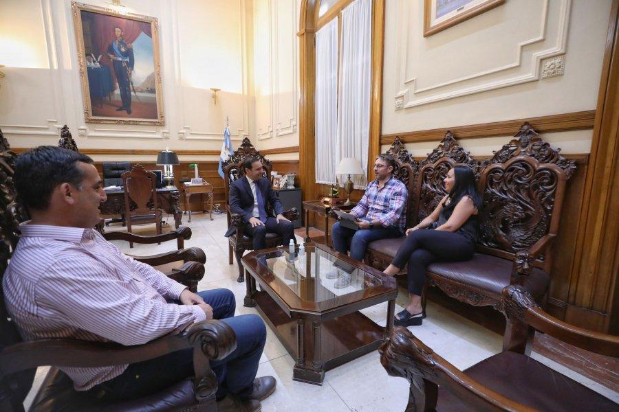 Valdés recibió a un grupo inversor interesado en el potencial de Corrientes