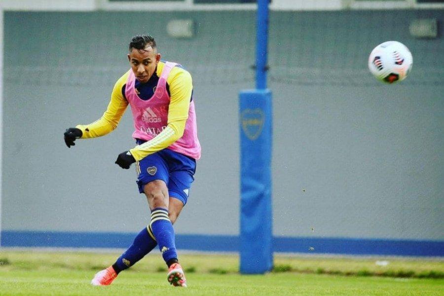 La decisión que tomó Battaglia con Villa en la práctica de Boca