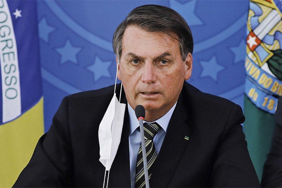 """Bolsonaro calificó de """"payasada"""" la investigación a su gestión de la pandemia"""