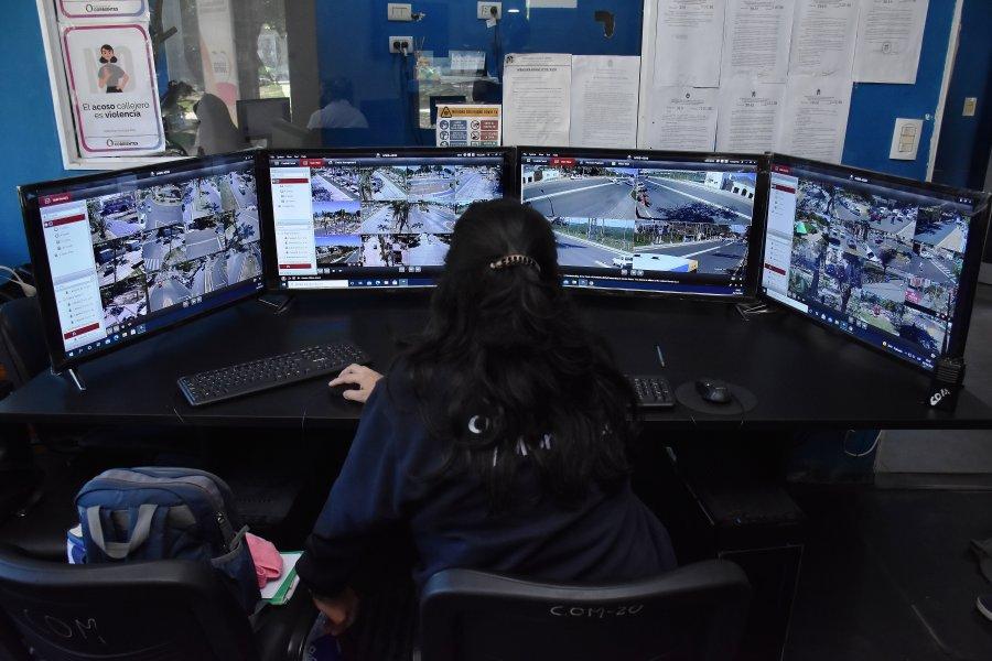 Monitoreo: El 911 podrá ver en directo las cámaras instaladas en plazas y paradas de colectivos